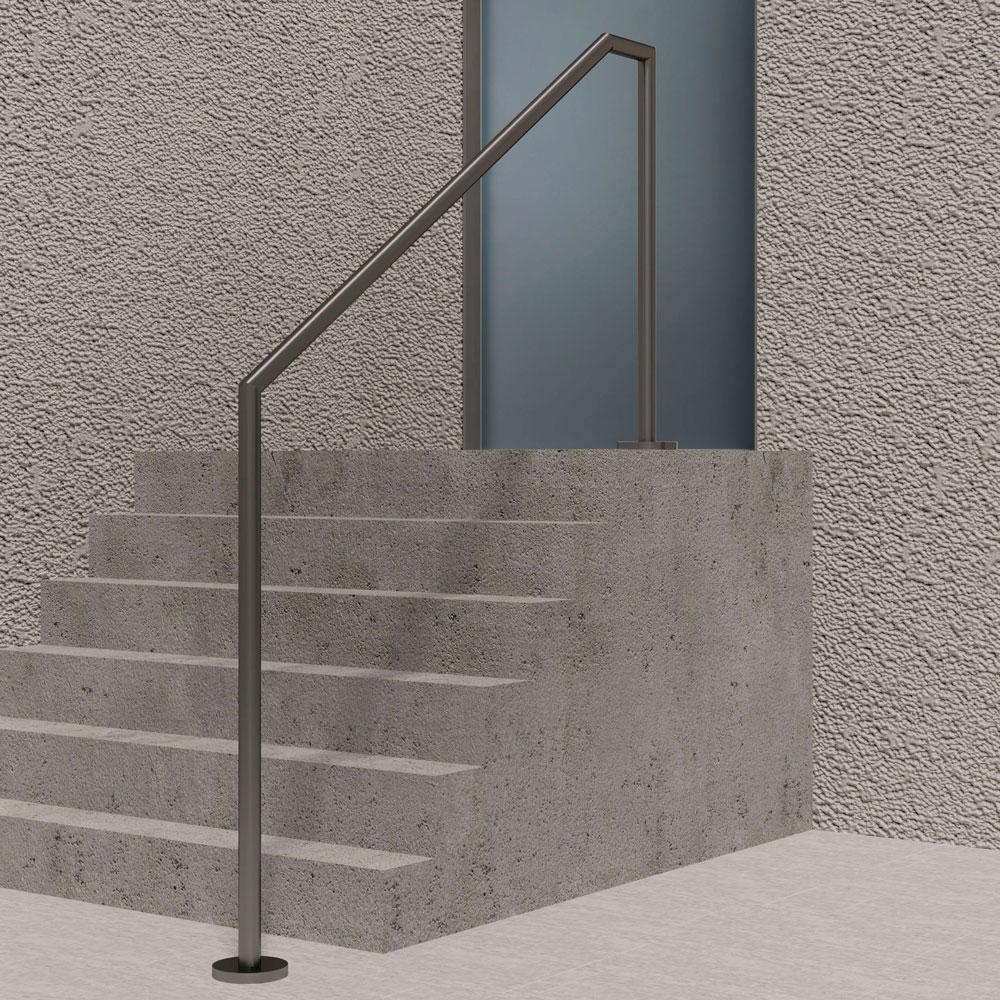 Treppenhandlauf freistehend abgewinkelt